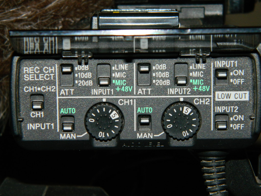 Audio controls on the NX70U